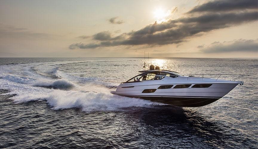 pershing_5X_damonte_yachts