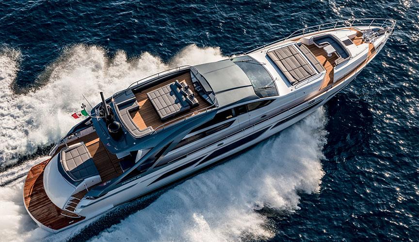 pershing_9X_damonte_yachts