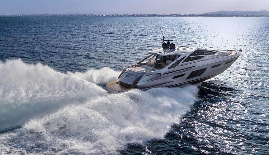 pershing_7x_damonte_yachts