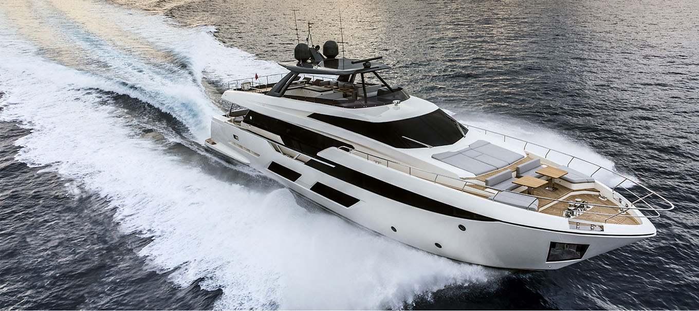 ferretti_920_damonte_yachts