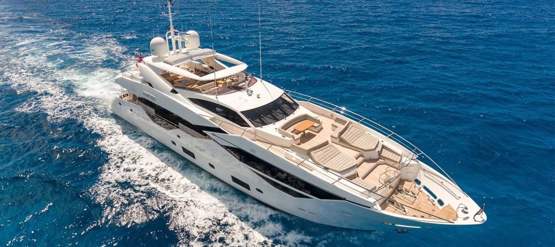 yacht-sunseeker-116_by-damonte-yachts