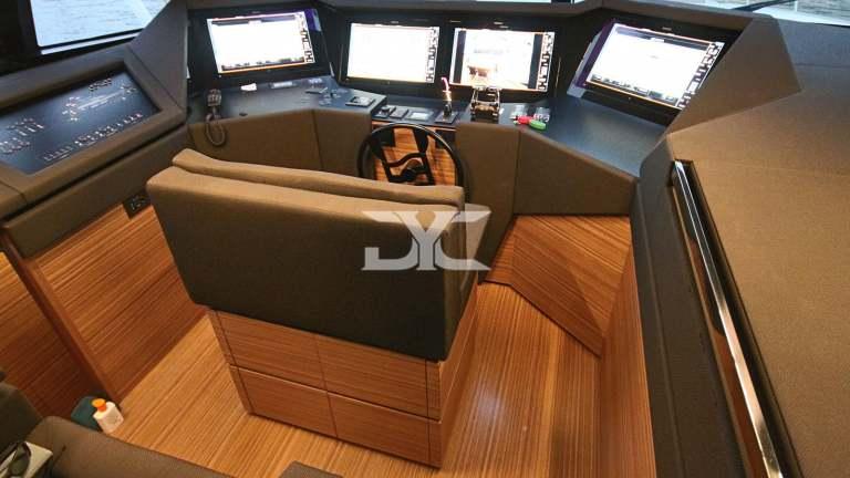 F920-05-mainhelm-mah-jong-damonte-yachts copie