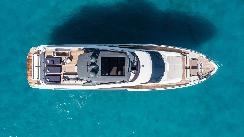 ferretti-920-damonte-yachts6