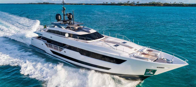 CUSTOM-LINE-120_damonte_yachts