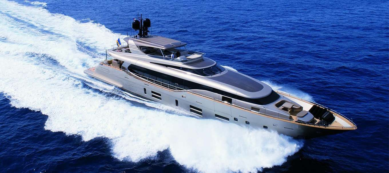canados-122-damonte-yachts