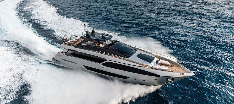 riva_90_argo_damonte_yachts