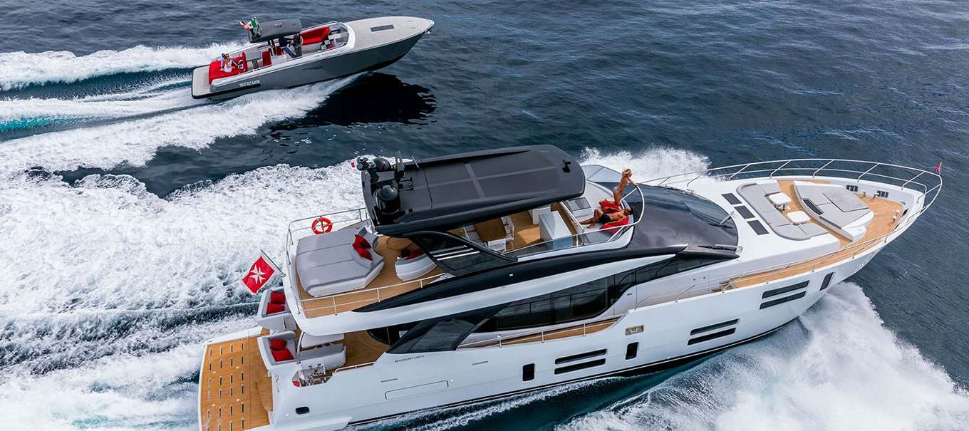 canados-808-damonte-yachts