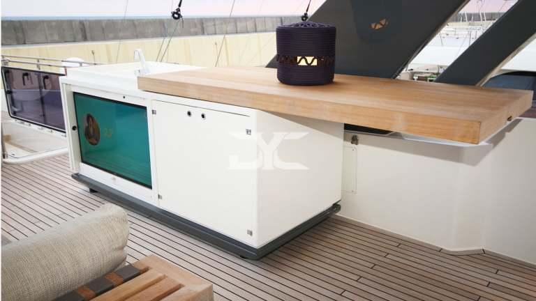 F920-05-fly6-mah-jong-damonte-yachts copie