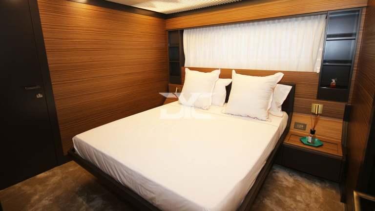 F920-05-guestdouble1-mah-jong-damonte-yachts copie