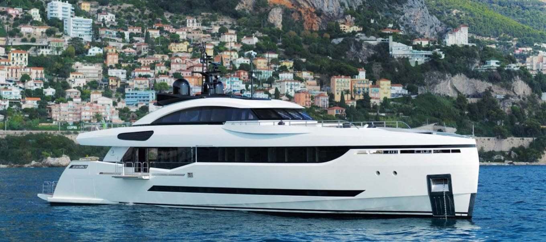 columbus-40m-damonte-yachts