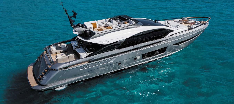 view-azimut-s10-damonte-yachts