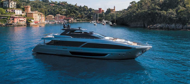 riva_110 Dolcevita_damonte_yachts